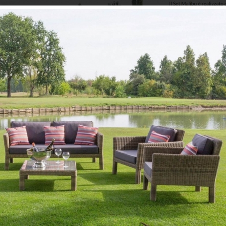 Re Garden Cuscini.Re Garden Poltrona Malibu In Wicker Intrecciato Con Cuscini Cod 8685