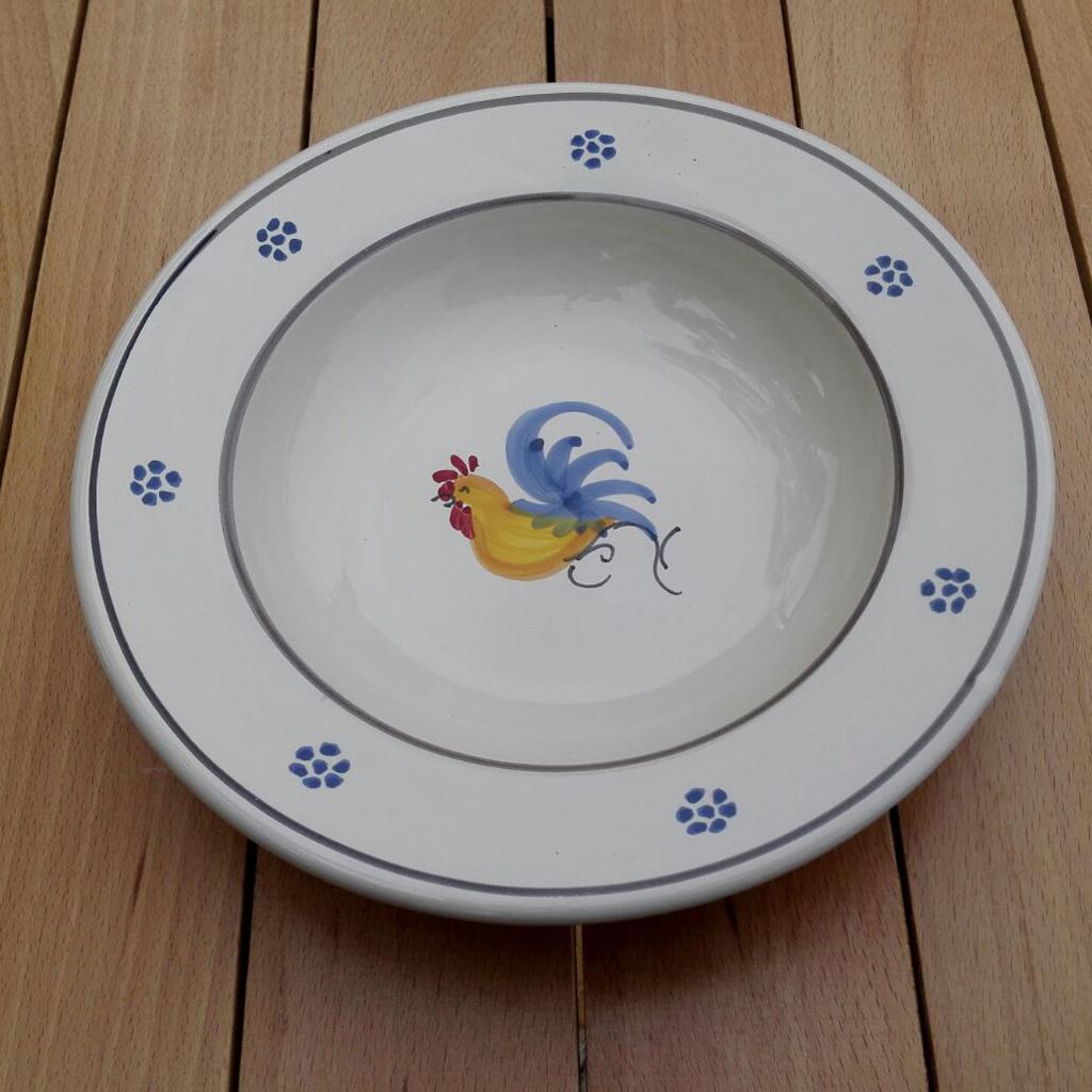 Ceramiche pugliesi piatto fondo piano doppio con gallo for Decorazioni piatti