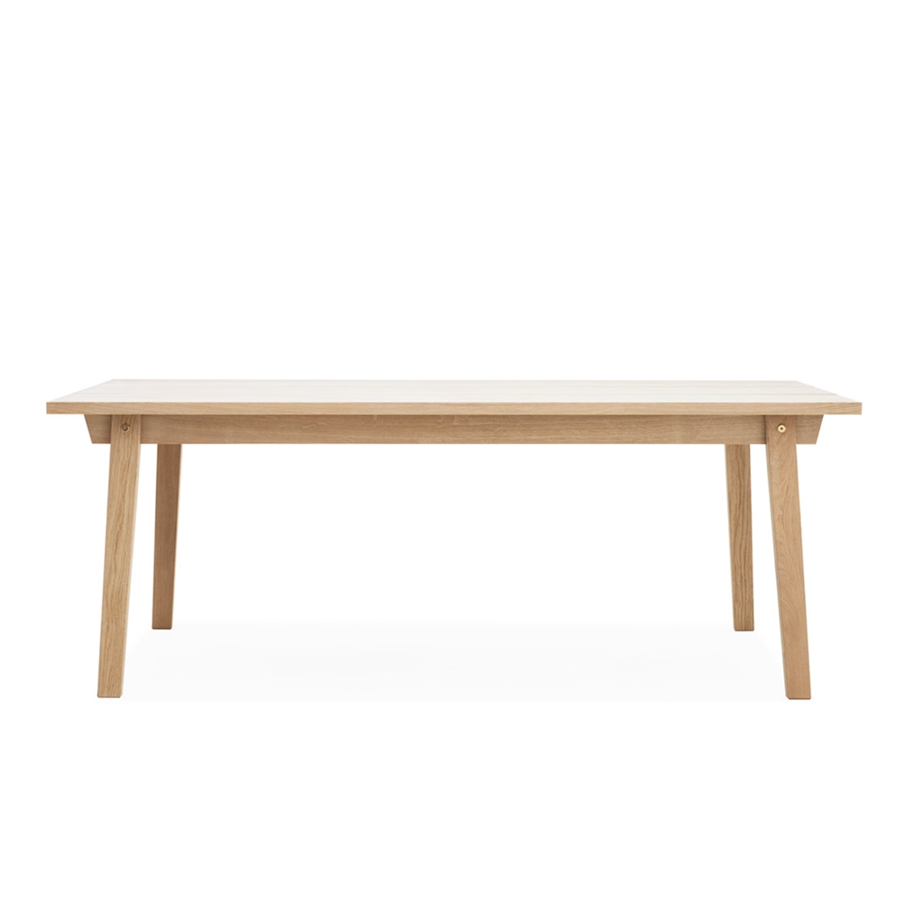 Normann copenhagen tavolo bridge in rovere chiaro naturale for Normann copenhagen italia